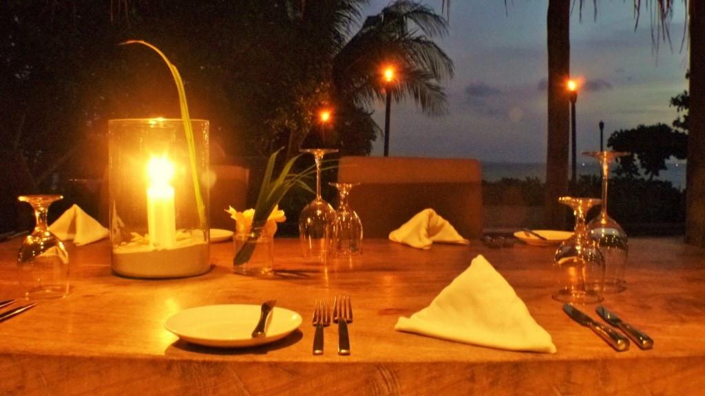 Dinner at Nikoi Island