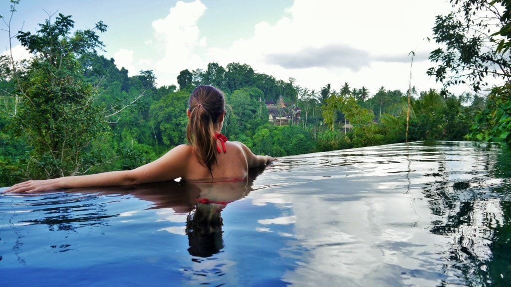 Hanging Gardens private villa pool
