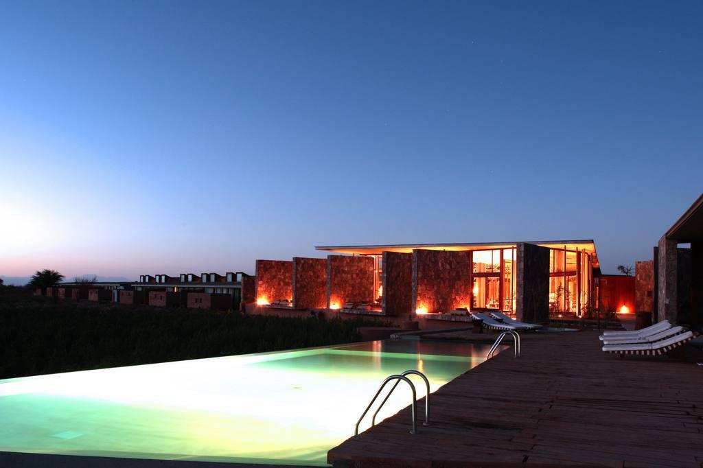 Tierra Atacama hotel and swimming pool