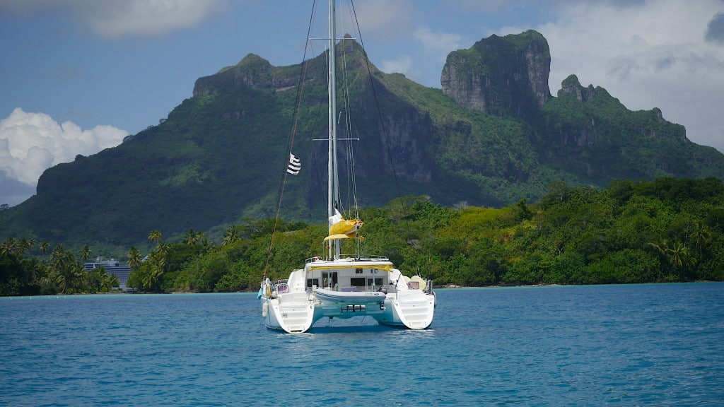 Facts about Bora Bora when Sailing on the lagoon