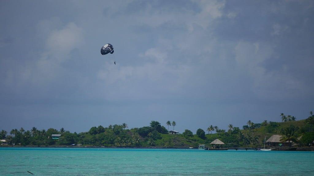 Parasailing in Bora Bora