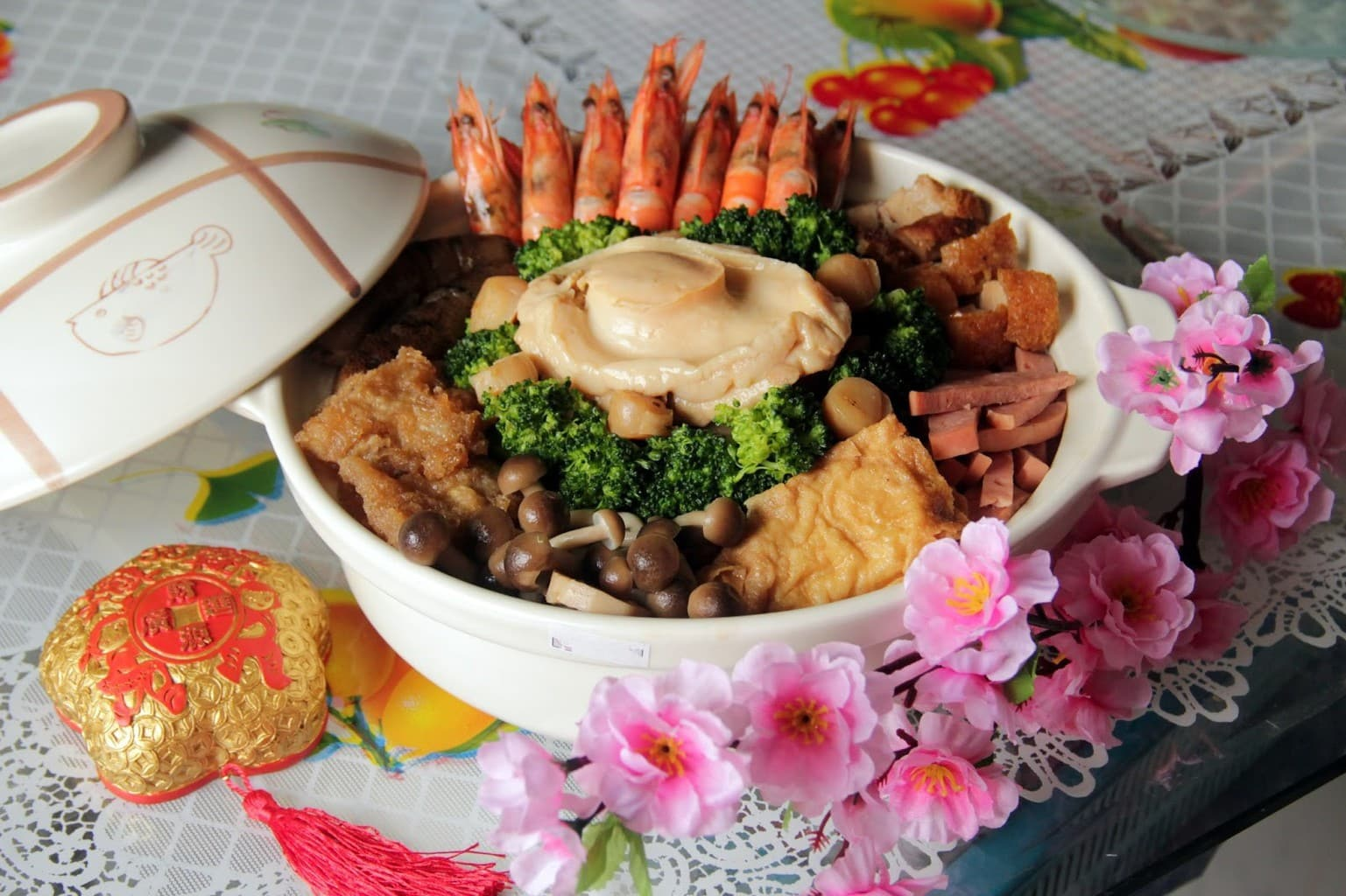 Traditional steamboat