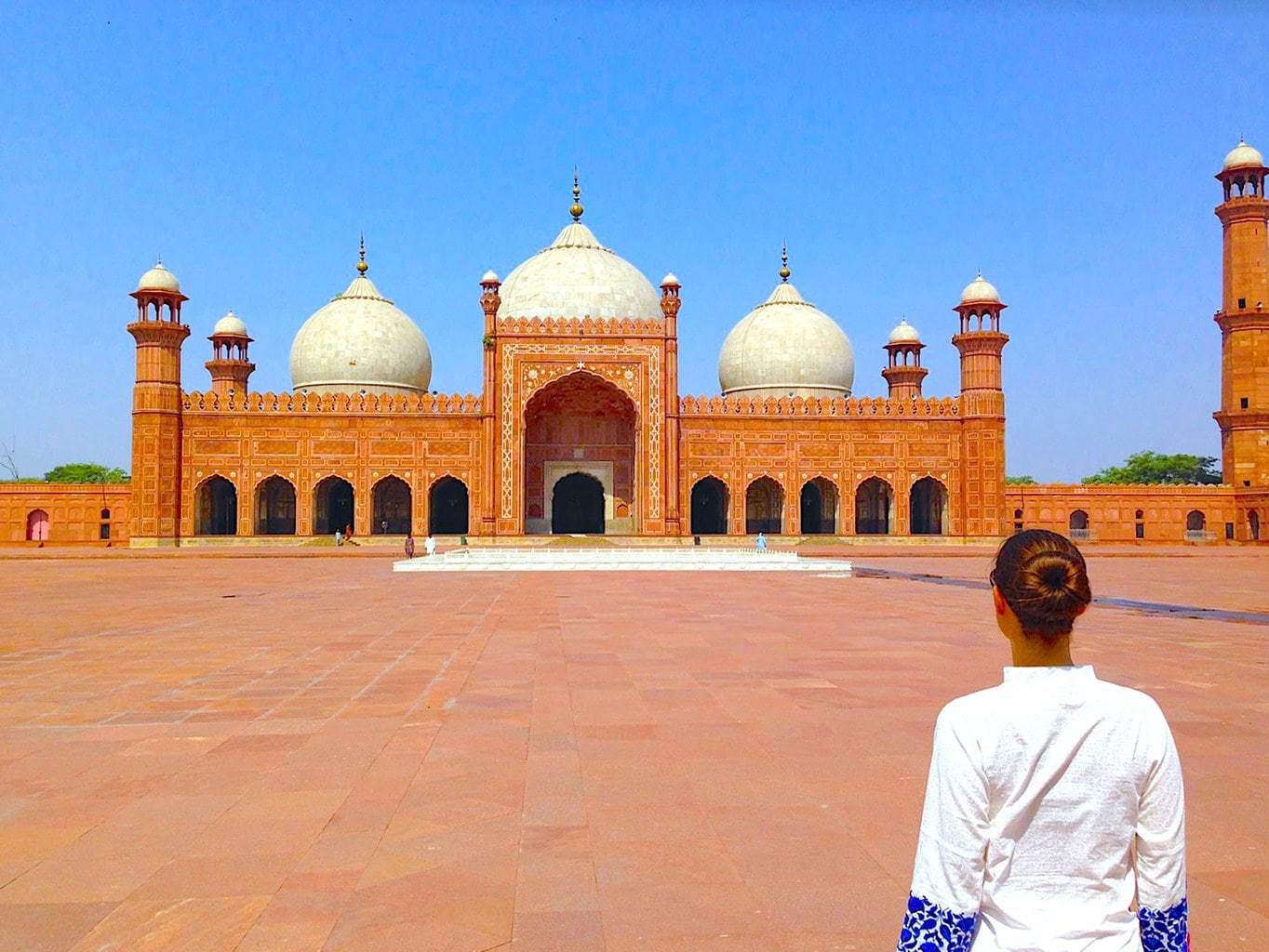 Badshahi Mosque view