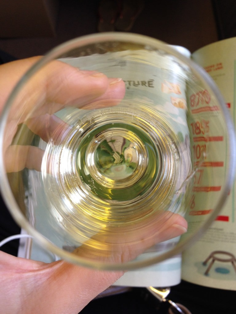 Attention to detail. Spot the SIA logo at the bottom of the ghampagne glass