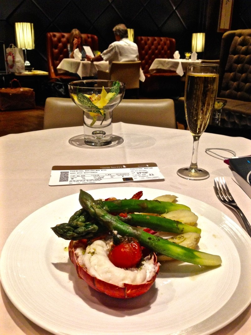 Food in the Singapore Airlines Suites Lounge