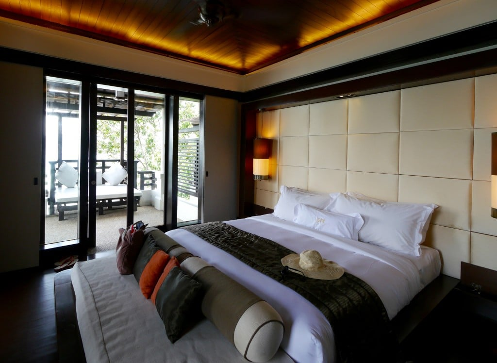 Gaya Island Resort suite bedroom
