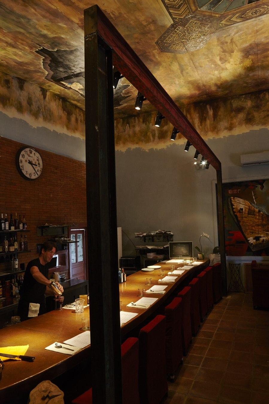 Room 4 Dessert Interior