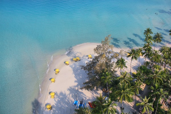 Soneva Kiri review - the beach