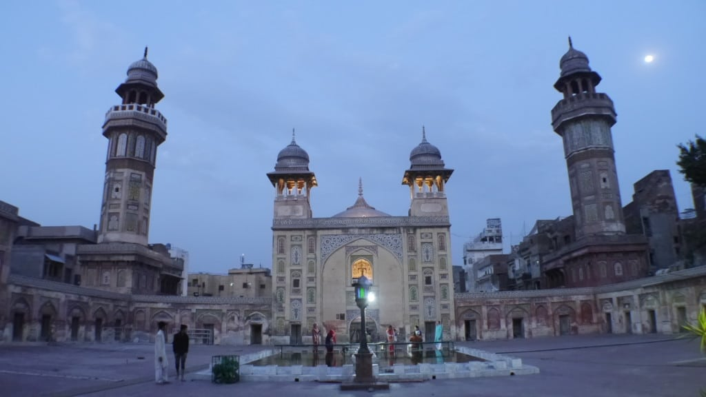 Sunset on Wazir Khan Mosque in Lahore