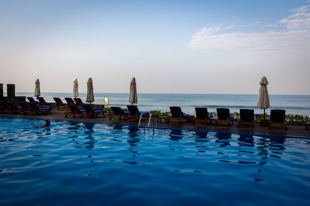 Galle Face Hotel pool