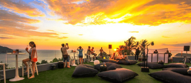 places to watch the sunset in Phuket Foto Hotel