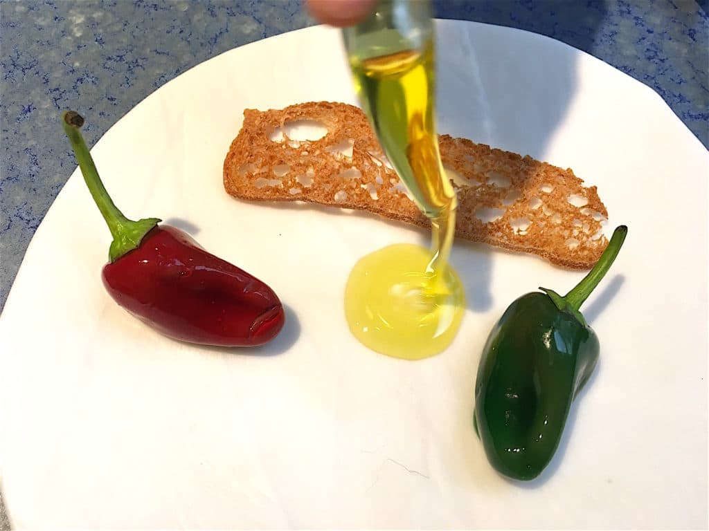 Disfrutar chocolate peppers