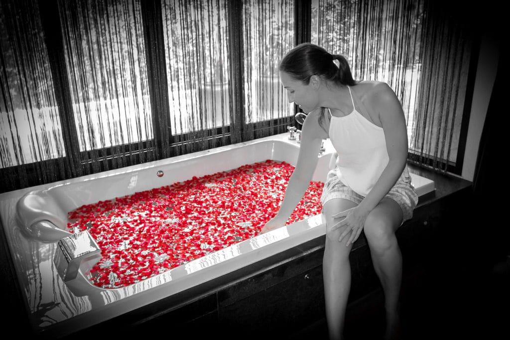 Rose petals bath