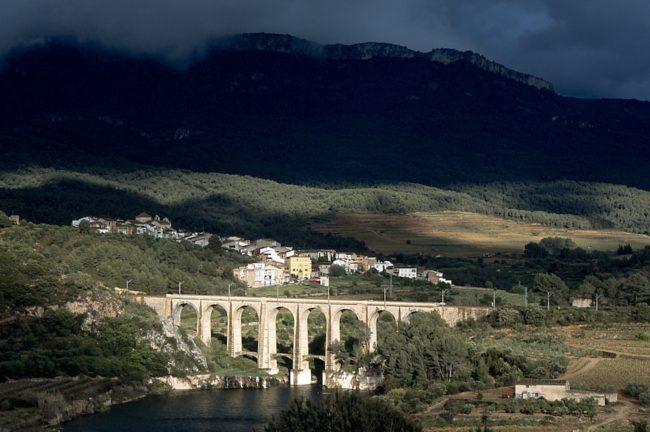 Capcanes village