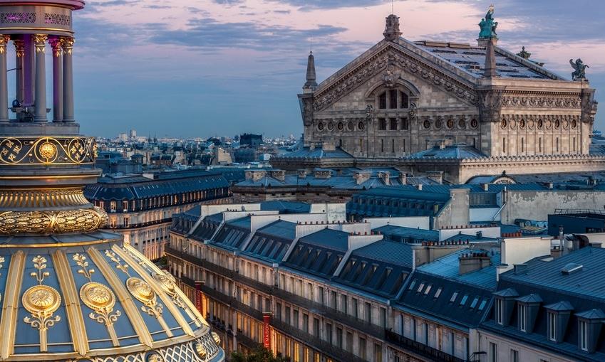 rooftop bars in Paris Delicieux view
