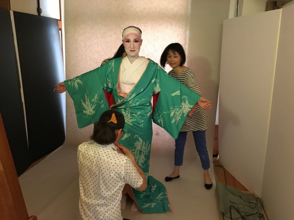 Geisha kimono fitting