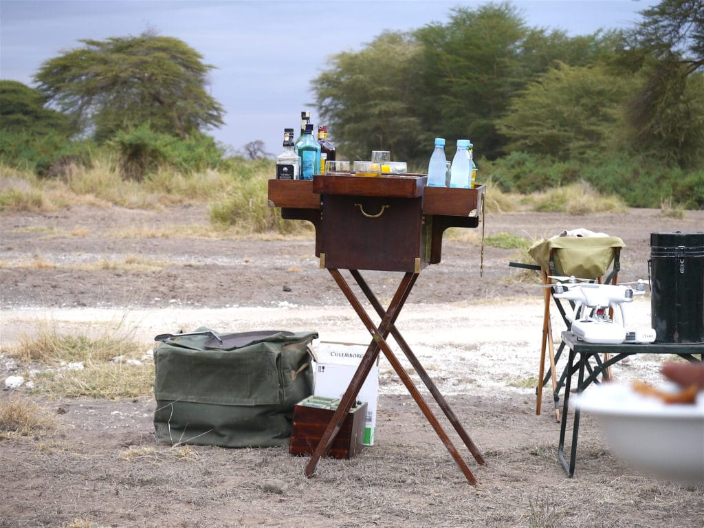 Safari drinks chest