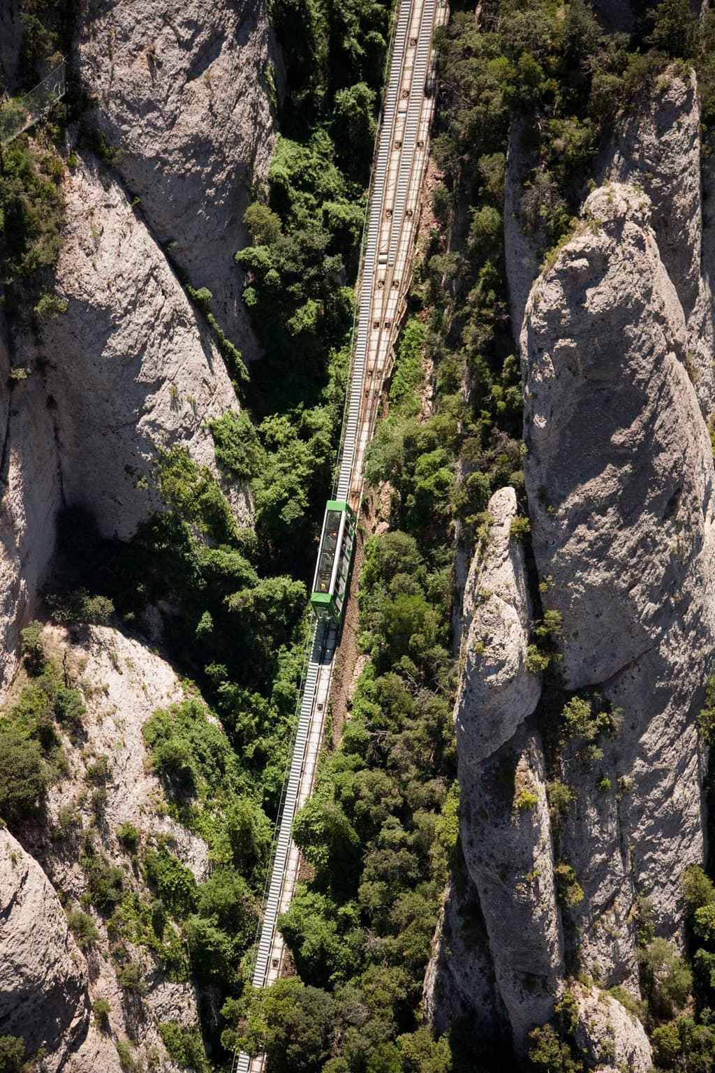 """Montserrat funicular"""