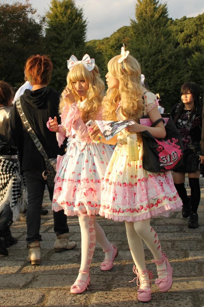Shibuya and Harajuku fashion