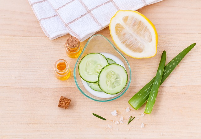 Gin and tonic ingredients