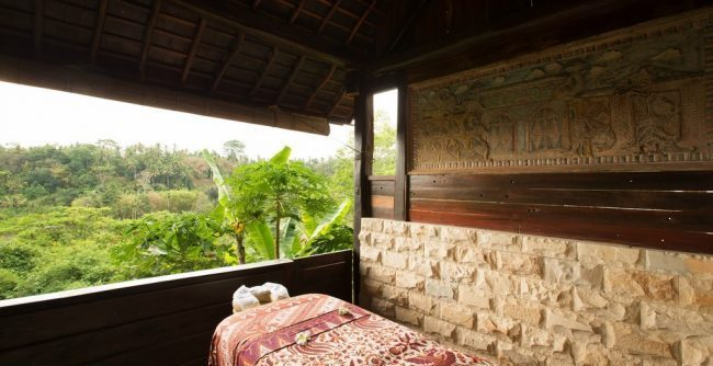 Villa Kamaniiya massage
