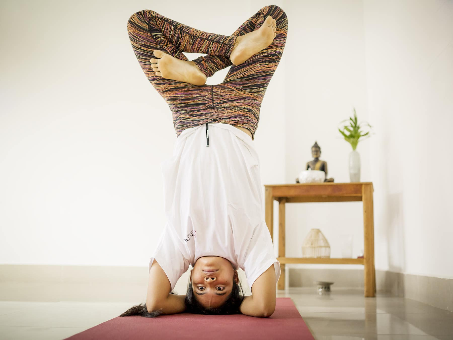 Sreyline learnt yoga through the Azahar Foundation, who now employs her