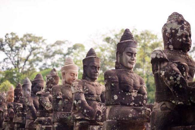 Angkor Tom Statue