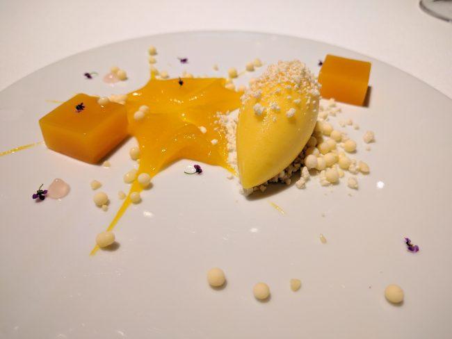 Mandarin frozen cream with verbena