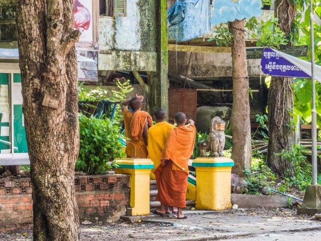 Monks at Sambok