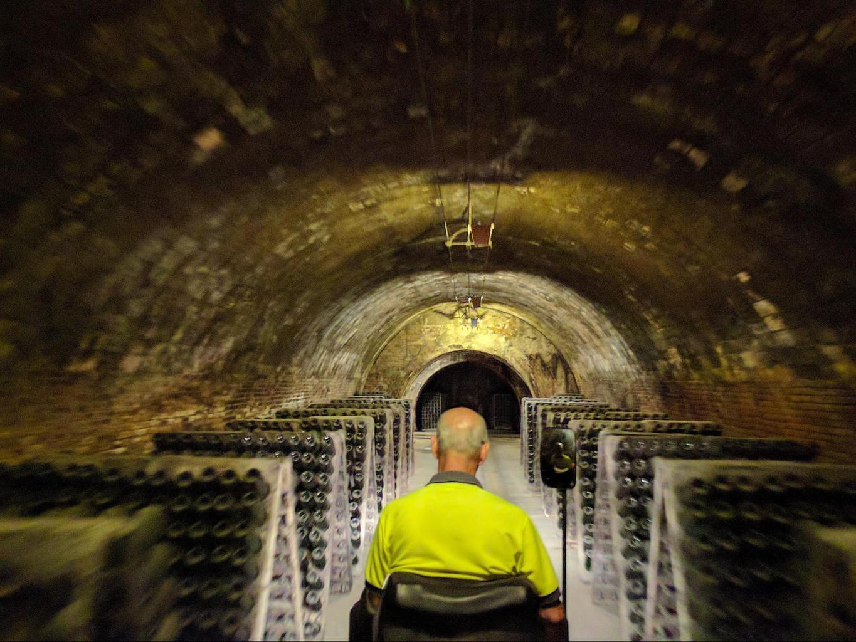 Tunnel train tour