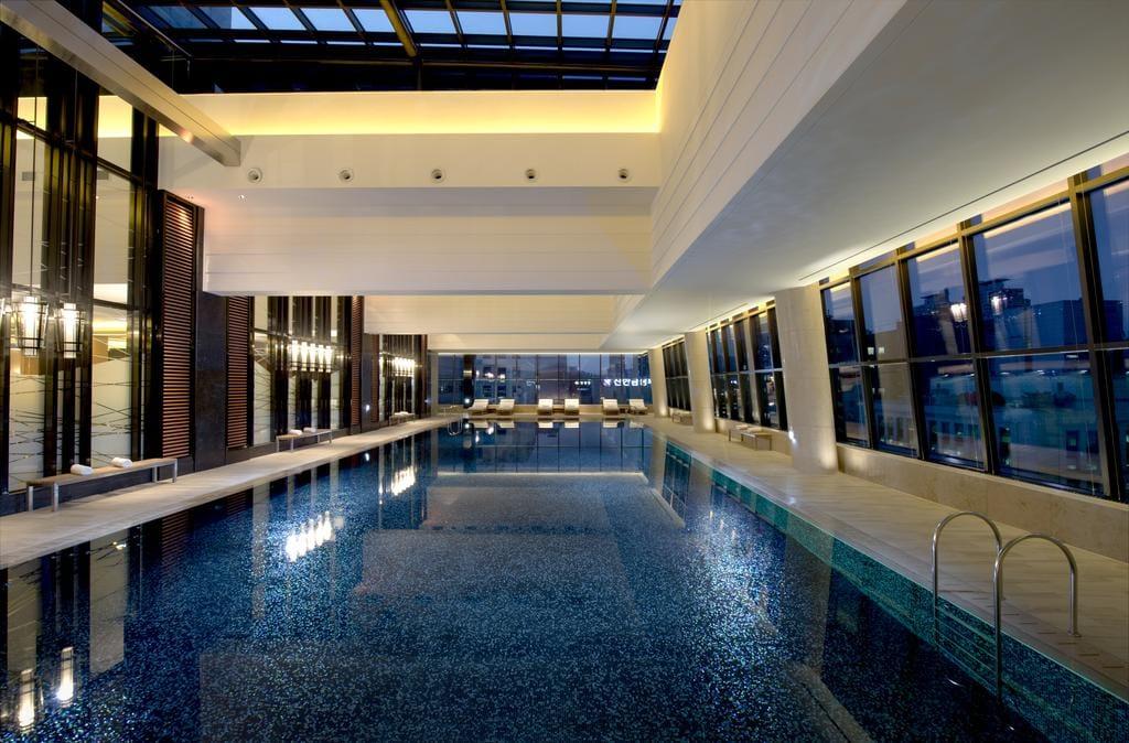 Conrad Seoul pool