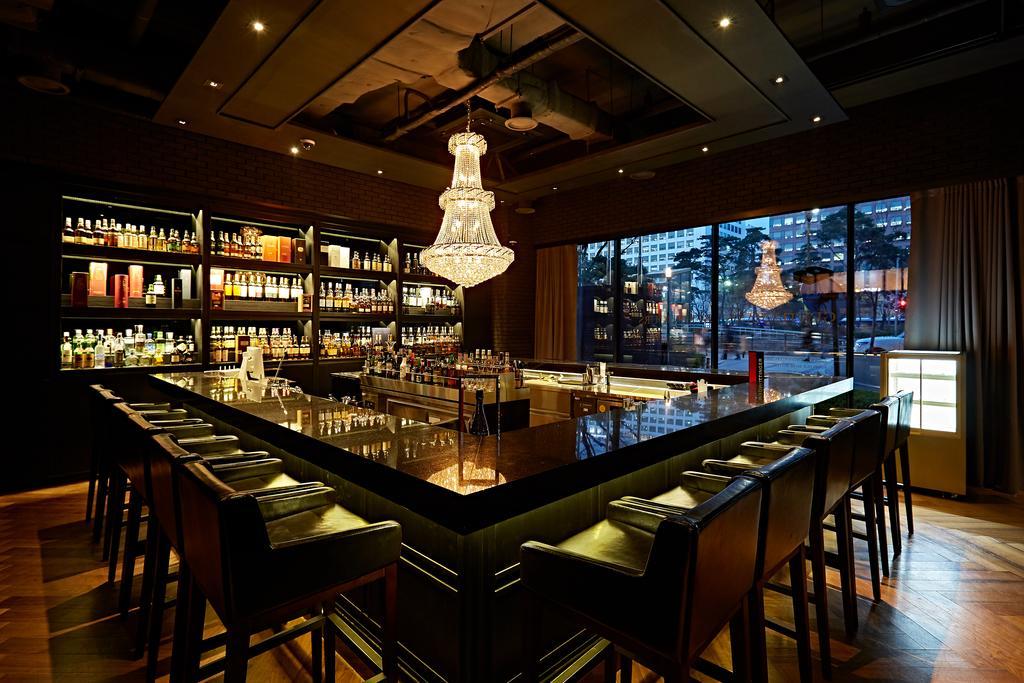 Glad Hotel Seoul bar
