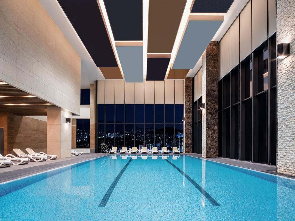Grand Mercure Ambassador Hotel and Residences Seoul Yongsan pool