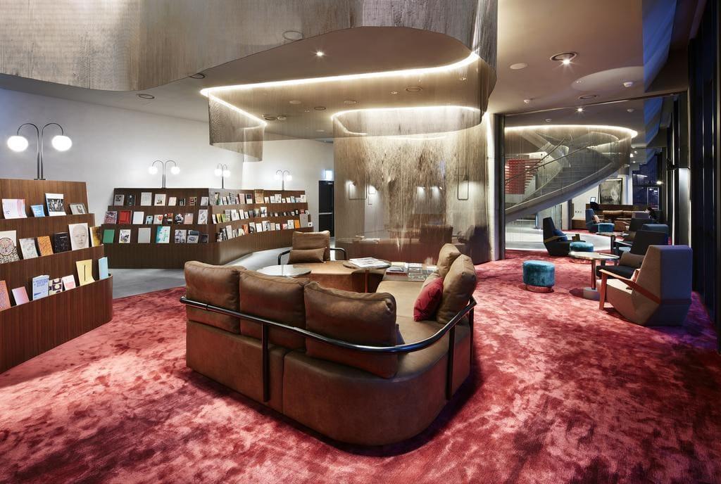 RYSE Seoul lounge