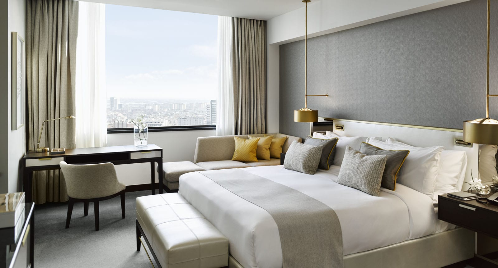 Fairmont Newly Refurbished King Deluxe Suite