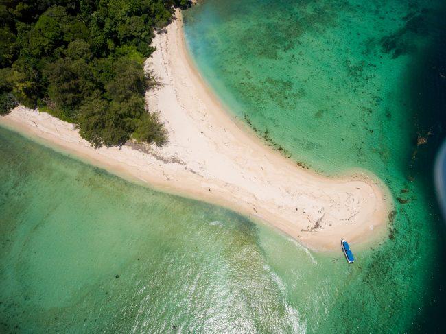 An island near Manukan