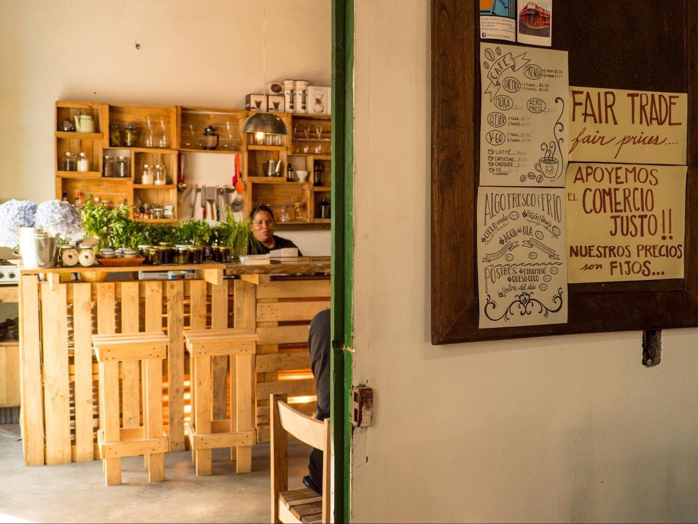 Coffee shop in Apaneca