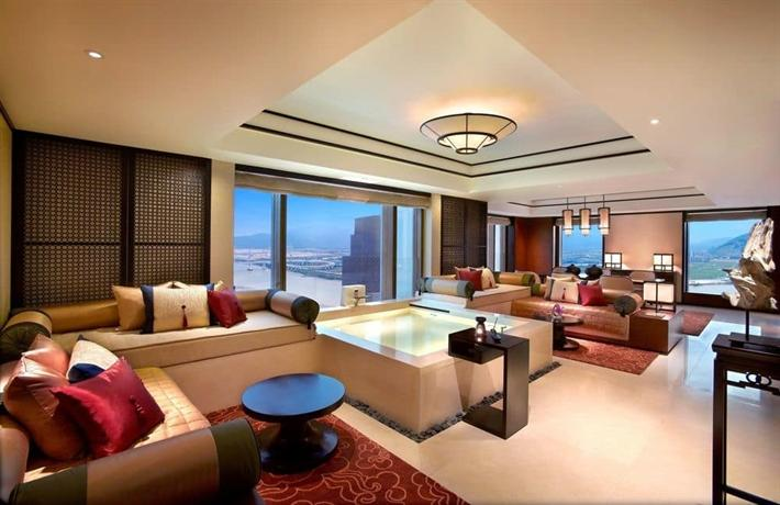 Banyan Tree Macau suite view