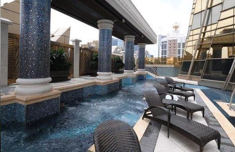 Grand Lisboa pool