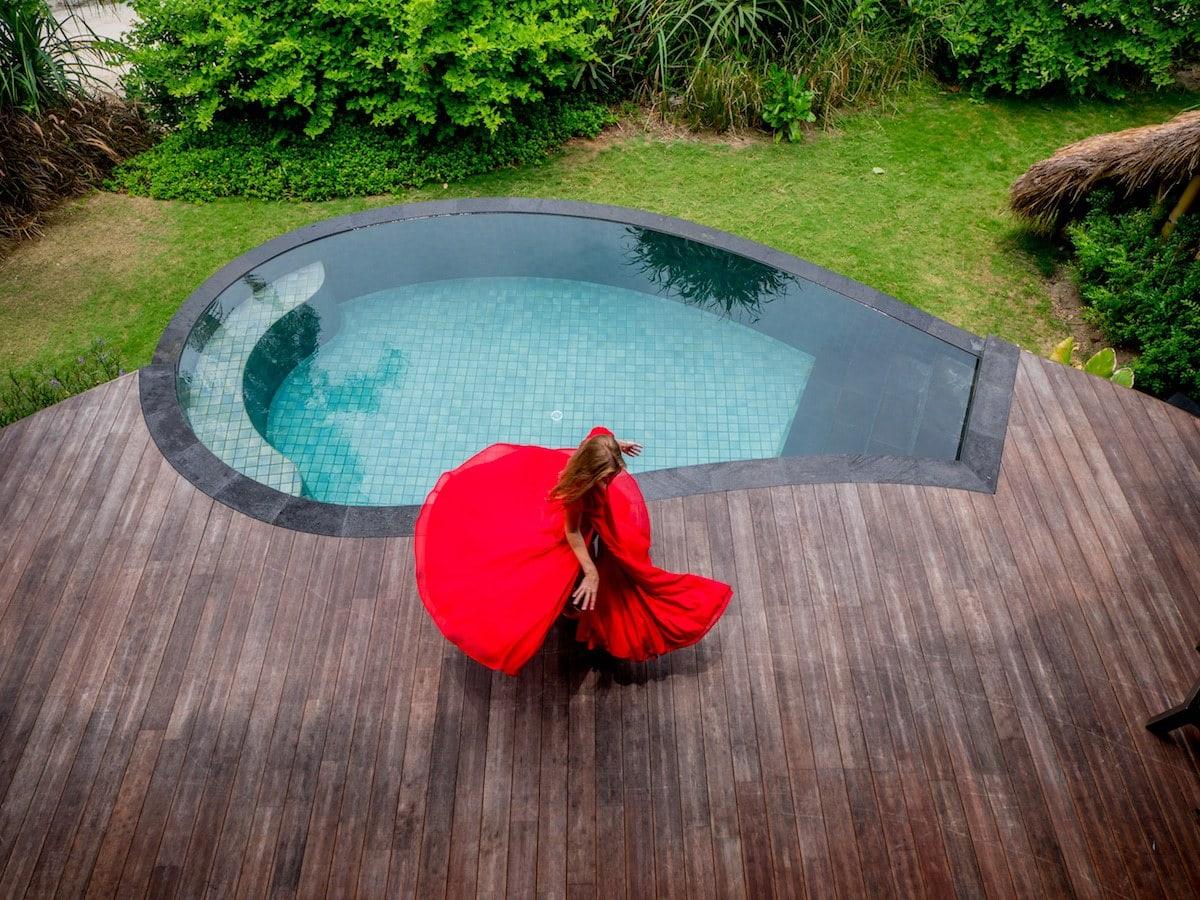 Dancing around the pool of my villa