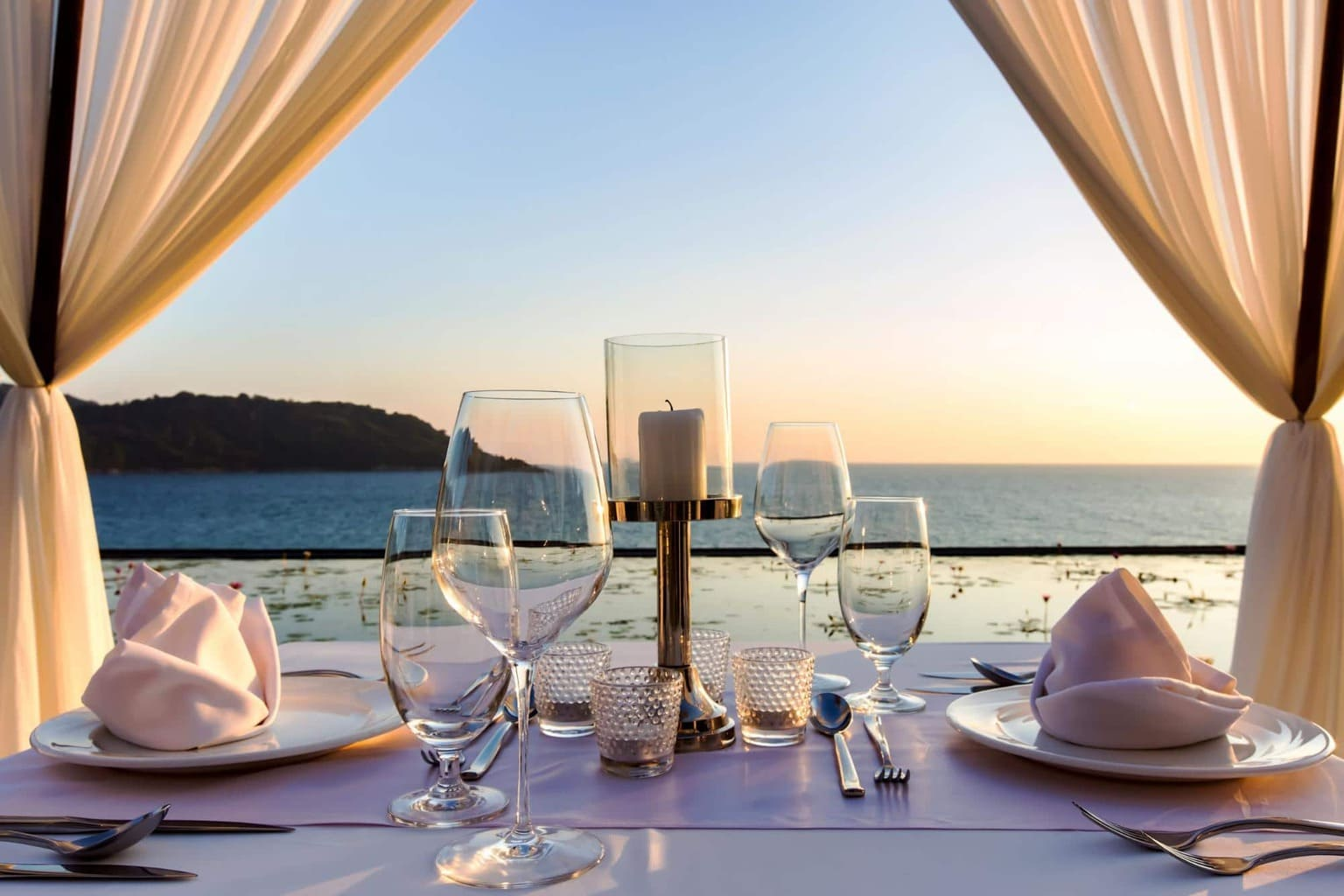 Breathtaking views and private dinners at Impiana Private Villas
