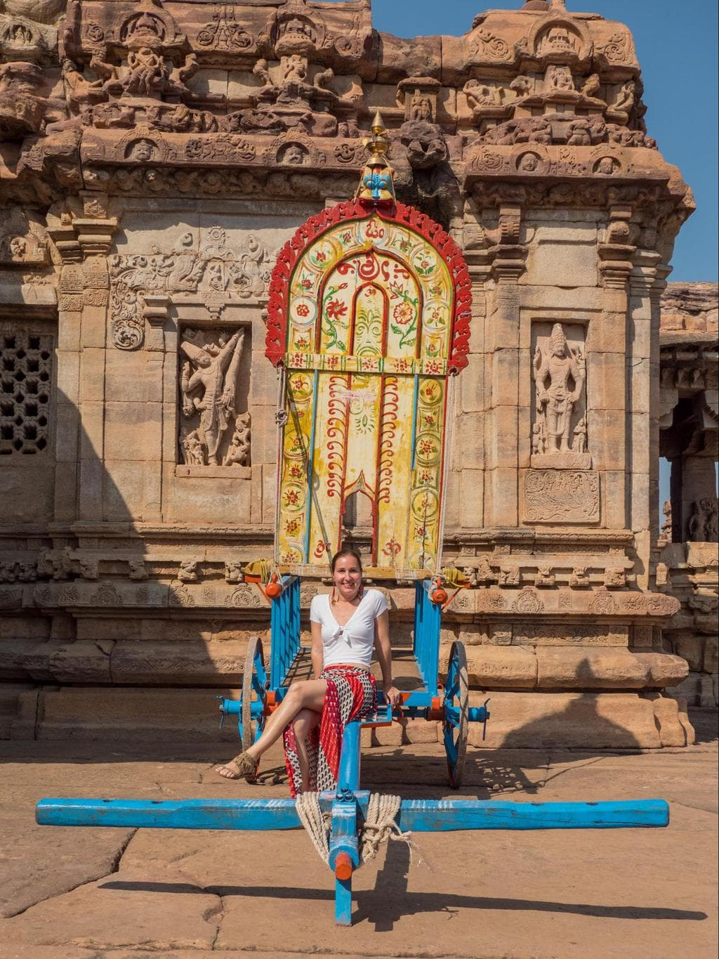 Farmer's cart in front of Virupaksha temple in Pattadakal