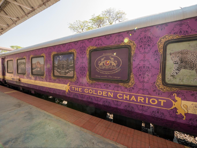 Golden Chariot Exterior