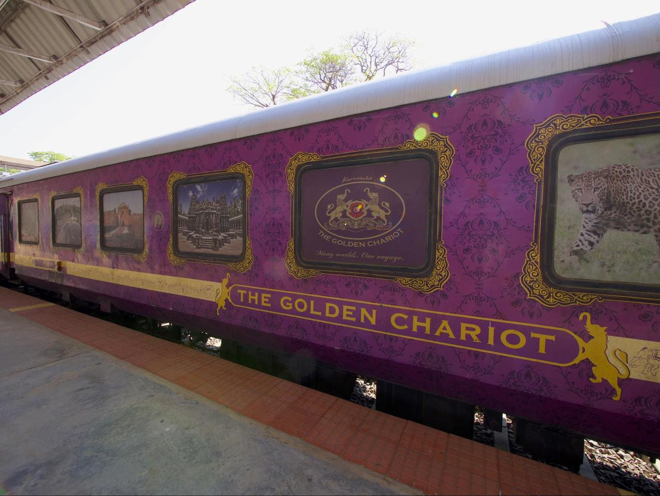 The Golden Chariot exterior