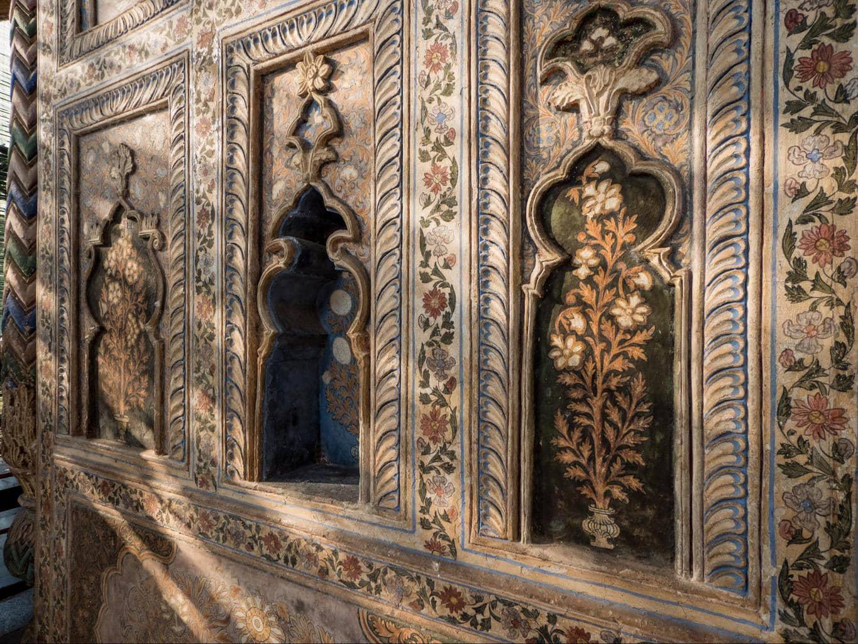 The walls of Daria Daulat