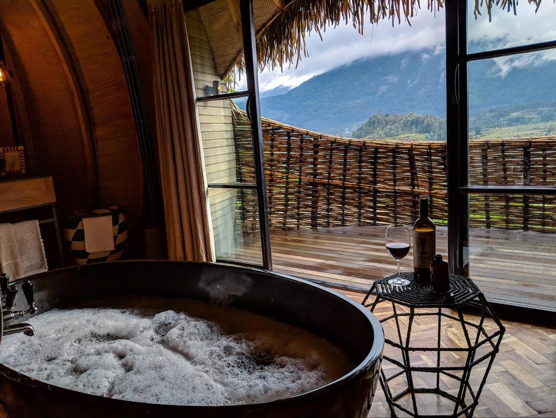 Bathroom views at Bisate Lodge