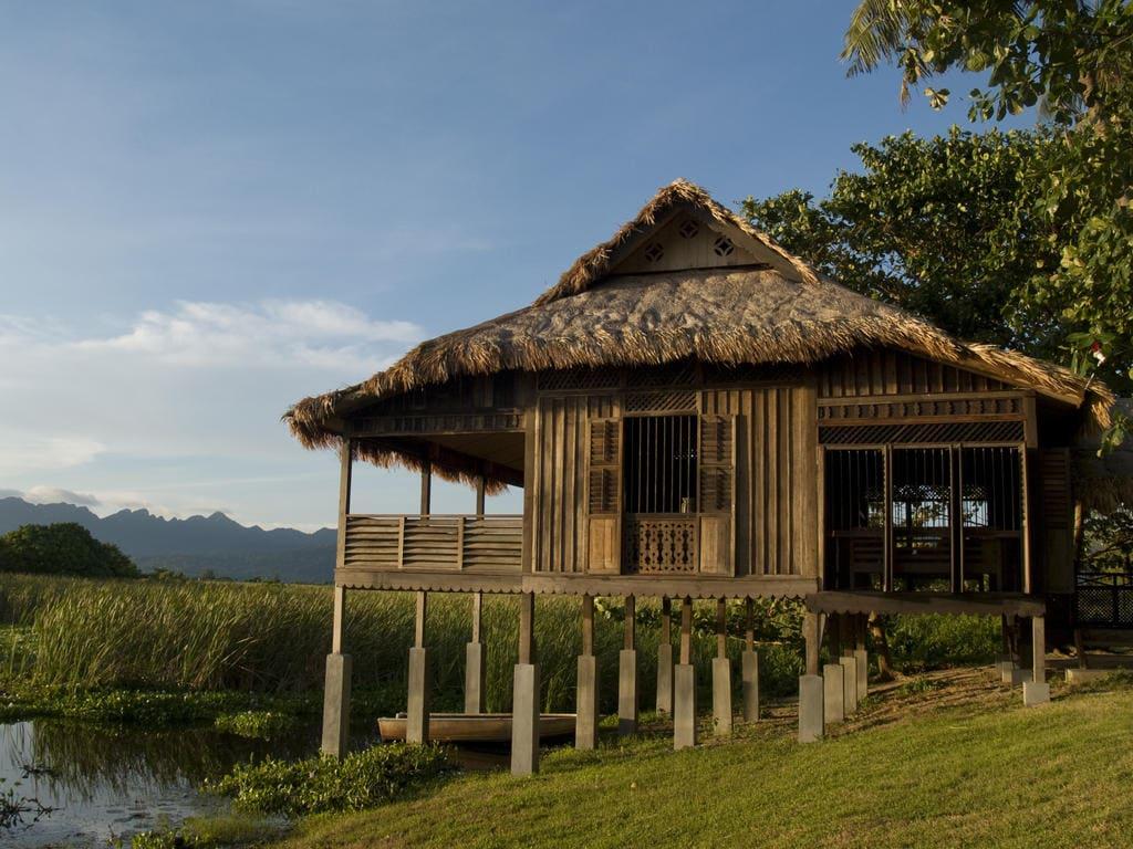 Bon Ton wooden huts