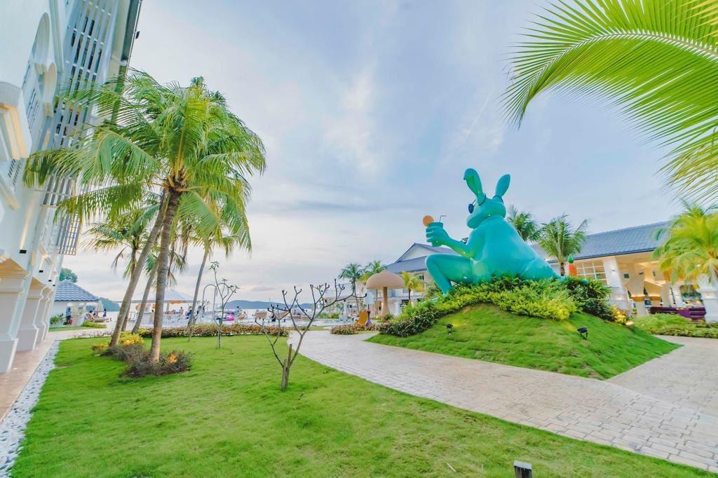 Dash Resort Langkawi pool