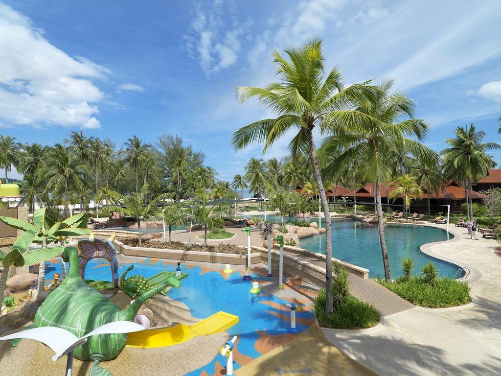 Meritus Pelangi Beach Resort & Spa pools