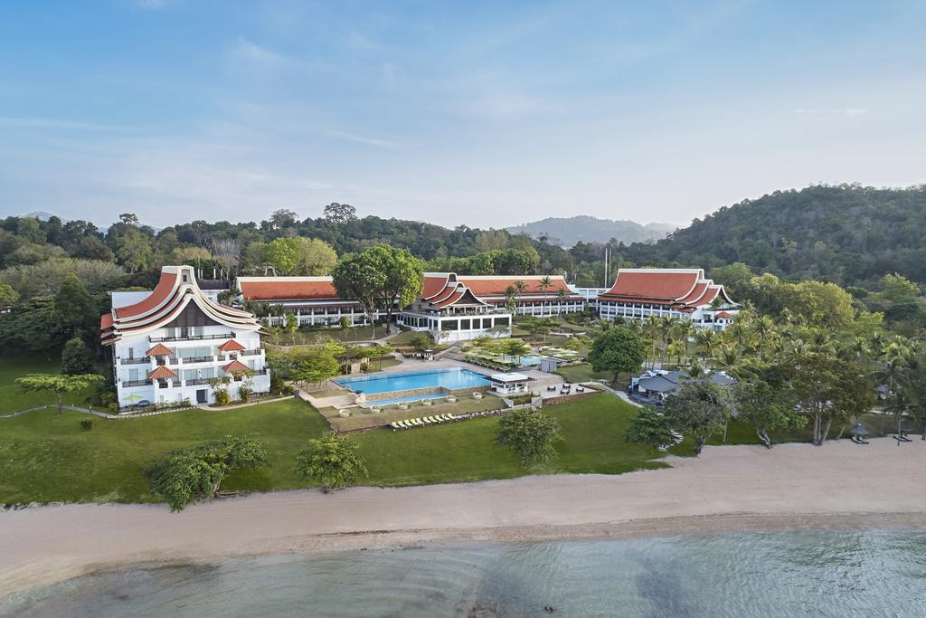 The Westin Langkawi Resort & Spa grounds